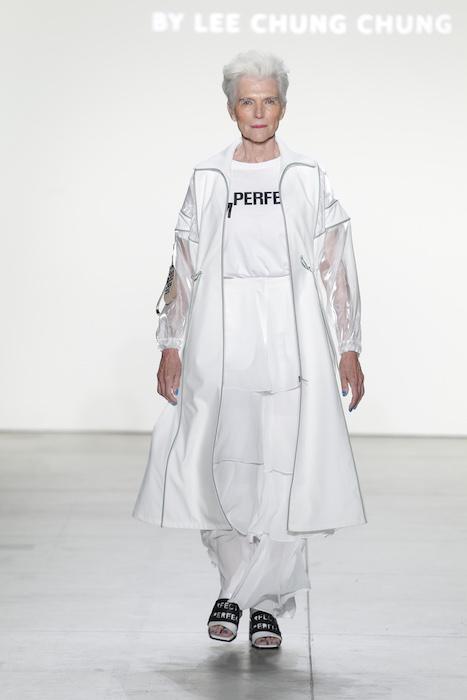 LIE Lee Chung Chung concept korea ss18 fashiondailymag 3