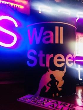 CUTE + COZY HOLIDAY wall street at FENNICK NYC fashiondailymag holiday 2017