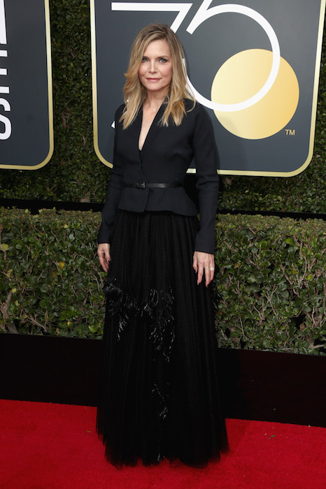 Michelle Pfeiffer golden globes dior at fashiondailymag