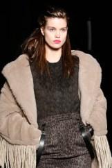 27MAXMARA FW18 MFW FashionDailyMag 11