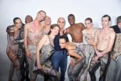 Christian Dior : Backstage Greetings - Paris Fashion Week Womenswear Spring/Summer 2019 fashiondailymag