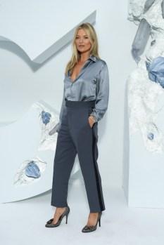 KATE MOSS A TRACK DIOR HOMME SS20 FASHIONDAILYMAG