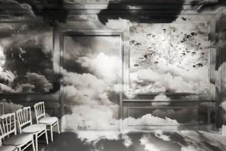 DIOR_HAUTE COUTURE_AUTUMN-WINTER 2019-2020_SCENOGRAPHY_© Adrien Dirand_2 FashionDailyMag brigitte segura curator 2