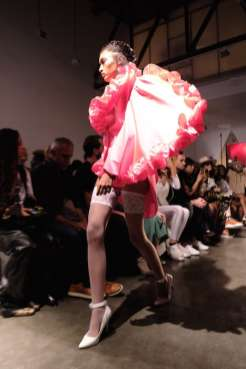 Kaimin-nyfw-FashionDailyMag-Brigitteseguracurator-ph-Tobias-B.-1329