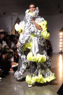 Kaimin-nyfw-FashionDailyMag-Brigitteseguracurator-ph-Tobias-B.-1337