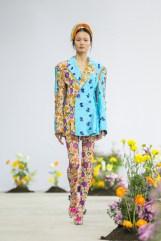 SHUTINGQIU_SS20_Look2 SHANGHAI RUNWAY faves FashionDailyMag Brigitteseguracurator 2