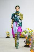 SHUTINGQIU_SS20_Look2 SHANGHAI RUNWAY faves FashionDailyMag Brigitteseguracurator 2 13