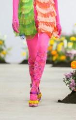 SHUTINGQIU_SS20_Look2 SHANGHAI RUNWAY faves FashionDailyMag Brigitteseguracurator 2 79