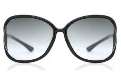 TOM FORD SUNGLASSES fashiondailymag 2019 gifts brigitteseguracurator smarbuyglasses 2