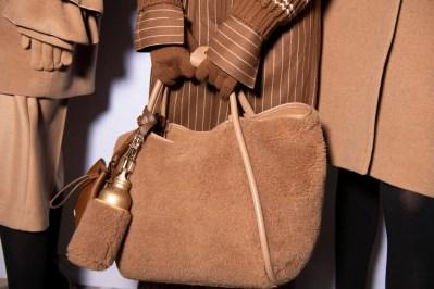 MAXMARA FALL 2020 MFW ph Jason Lloyd-Evans fashiondailymag brigitteseguracurator 058