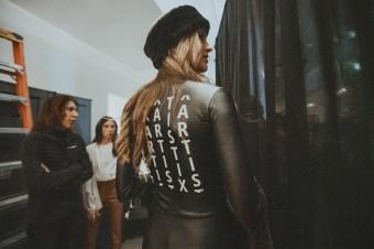 Artistix AndyHilfiger GregPolisseni NYFW Fall2020 FashionDailyMag ph JoyStrotz BrigitteSeguaraCurator 121