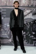 Victor Li FashionDailyMag Brigitteseguracurator ph Tobias 039