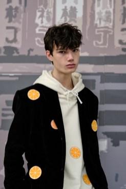 Victor Li FashionDailyMag Brigitteseguracurator ph Tobias 043