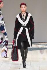 Alexander McQueen fall 2020 paris fashion week photo Imaxtree FASHIONDAILYMAG brigitteseguracurator 99