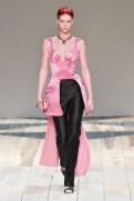 Alexander McQueen fall 2020 paris fashion week photo Imaxtree FASHIONDAILYMAG brigitteseguracurator 9