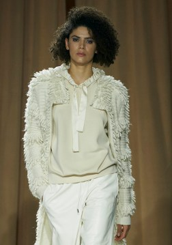 Marc-Cain-RF21-0342-emerging-talent-milan-fall-2021-collections-brigitteseguracurator-fashion-daily-mag-luxury-lifestyle-2021 photo imaxtree