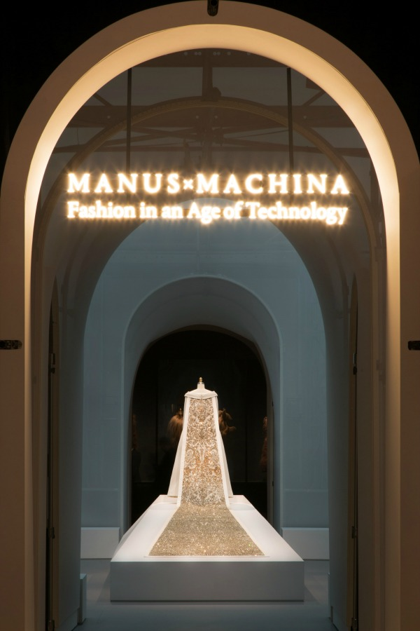 Manus x Machina Entrance