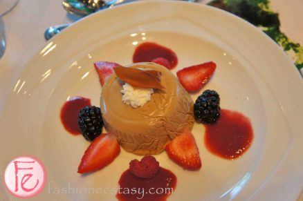 Individual Kam Cha mousse cake with berries