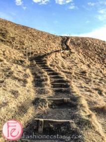 爬冰島斯科加爾瀑布走到頂 (climbing Iceland Skógafoss)
