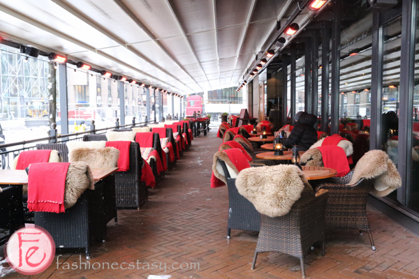 restaurant patio Aker Brygge oslo harbor front