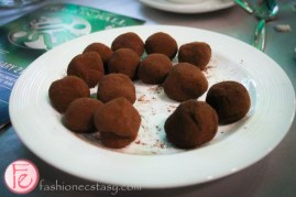 Lindt milk chocolate truffles