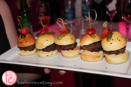 sliders black & white with a touch of pink gala 2015