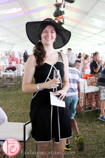 woman in ascot hat