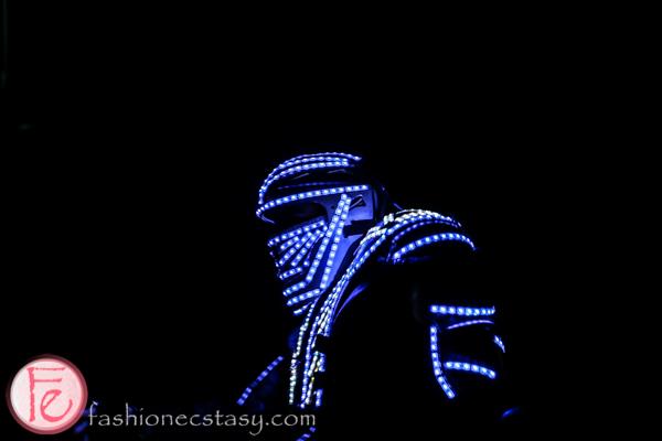 led dancing robot