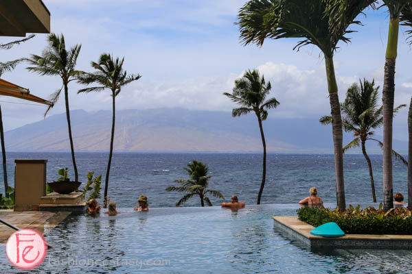 "四季渡假大飯店成人「無邊際泳池」(Serenity Pool) (Four Seasons Maui ""serenity pool"")"