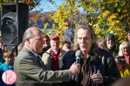 the unveiling of golden leaves – a tribute to gordon lightfoot