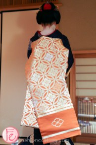 maiko's kimono back