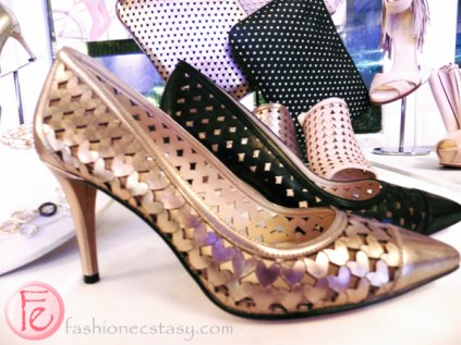 Nine West mini hearts pattern collection spring 2016