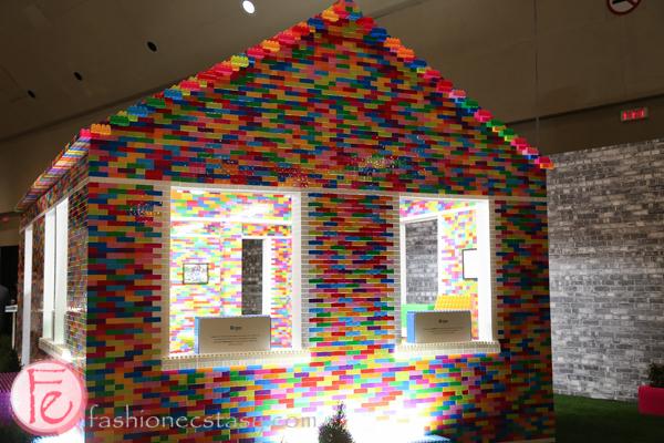 ids interior design show 2016 giant mega bloks house