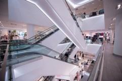 h&m canadian flagship store eaton centre toronto