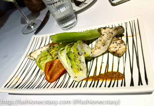 碳烤季節時蔬盤左羅曼克醬汁 (Grilled Seasonal Vegetable with Rromesco Sauce)