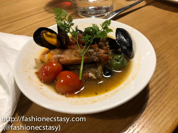 口水海鮮 (mixed seafood)