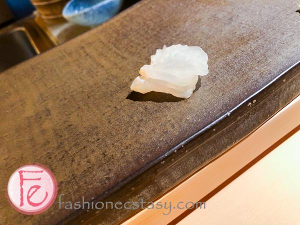 昆布漬比目魚Konbu (kelp) marinated flounder sashimi