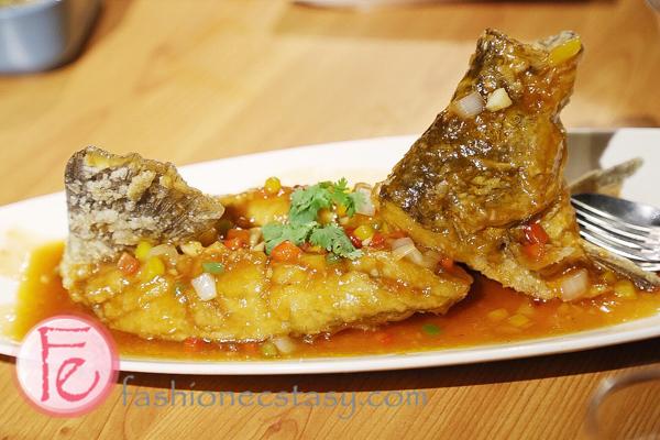 梅香松鼠魚叁和院台灣料理 Deep-fried Perch with Sweet and Sour Sauce