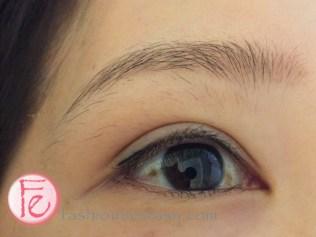 Twiggy繡眼線二訪補色前(右眼) Twiggy eyeliner tattoo before touchup (right eye)