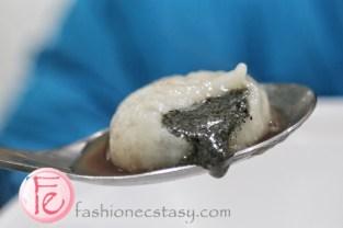 台北木柵芮比特甜品店手工芝麻湯圓 (Rabbit Taipei Muzha sesame ric-balls ( Rabbit traditional Taiwanese dessert snow icemenu & handmade rice-balls)