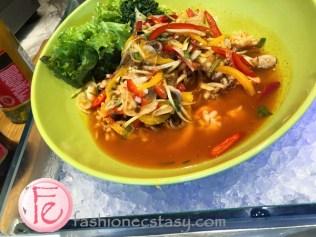 青木瓜海鮮沙拉 (green papaya seafood salad)