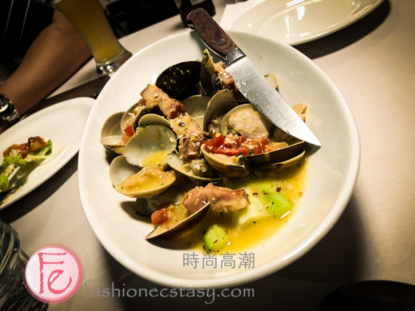 歡樂海洋: 白酒奶油蒸海蛤+嫩烤美國大蘆筍 (Creamy clam with American Asparagus) ($360)