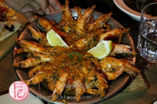 沾「魚湯」&「鮮蝦鍋」 的麵包/ bread for dipping the fish soup & Croatian Shrimp