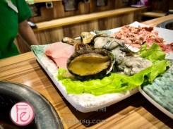 旺角石頭火鍋海鮮盤 / Seafood Plate at Mong Kok Stone Hot Pot: