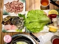 時尚高潮食記&影片 台北旺角石頭火鍋先炒香再熬煮,客人為了無敵沙茶醬慕名而來排隊/ Mong Kok Hotpot Restaurant Taipei Review & Food Vlog - Ingredients are Stir-Fried Before Boiling Famed for Its Out-of-the-World Shacha Sauce