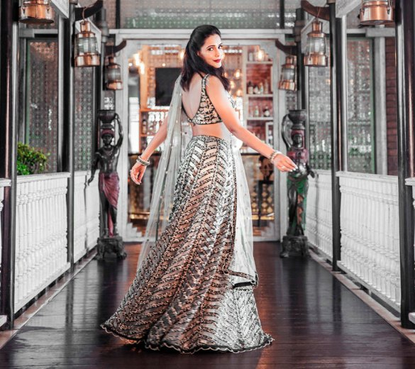 Review Indian Wedding Outfits 2020 Planning To Have A Grandiose Wedding With A Generous Budget