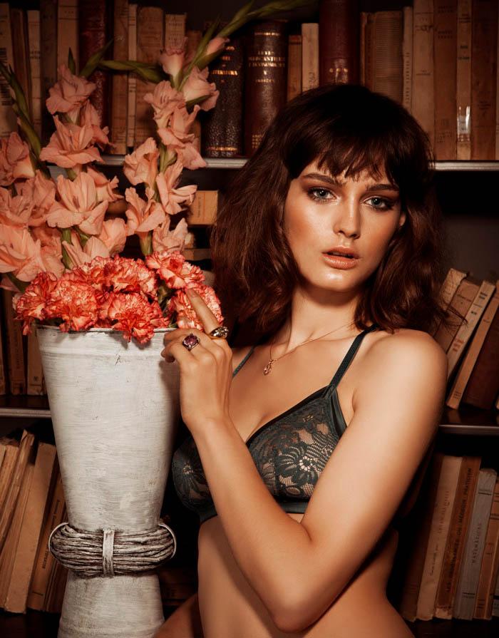 lingerie7 Ксения Назаренко получает спальнями готова к Dominical Журнал Даниэль Бартоломе