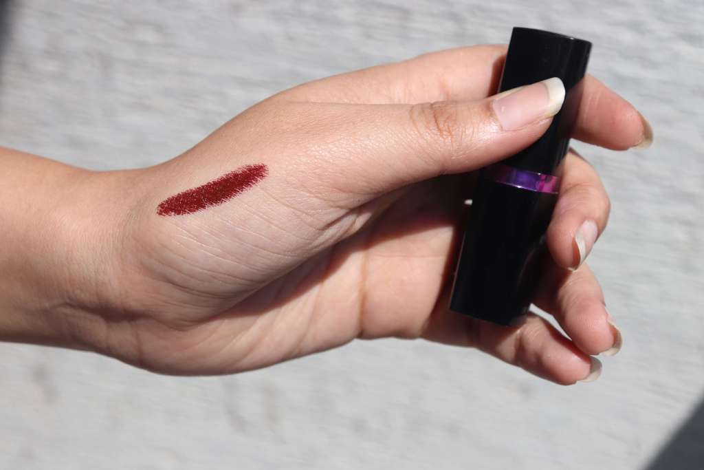 Maybelline New York Color Show Lipstick Swatch