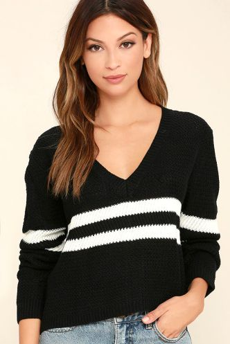 mw-4-pep-rally-striped-sweter