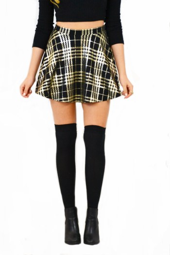 plaid skirt winter must-haves